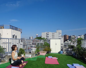 レッスン前に一人で瞑想を楽しむ